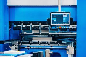 6 Benefits of a Press Brake in Metal Fabrication