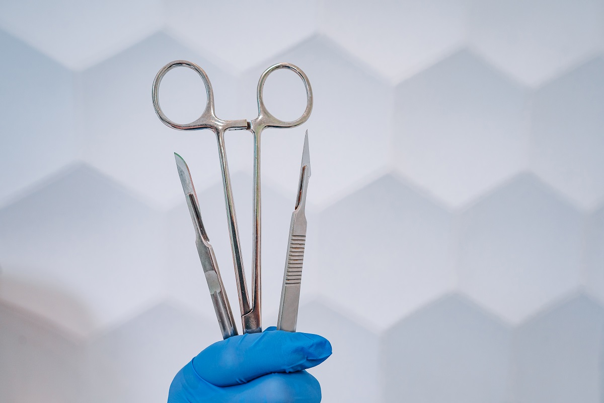 Common Uses of Stainless Steel in Healthcare